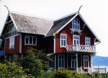 "A Norwegian house in the typical ""dragon style"""